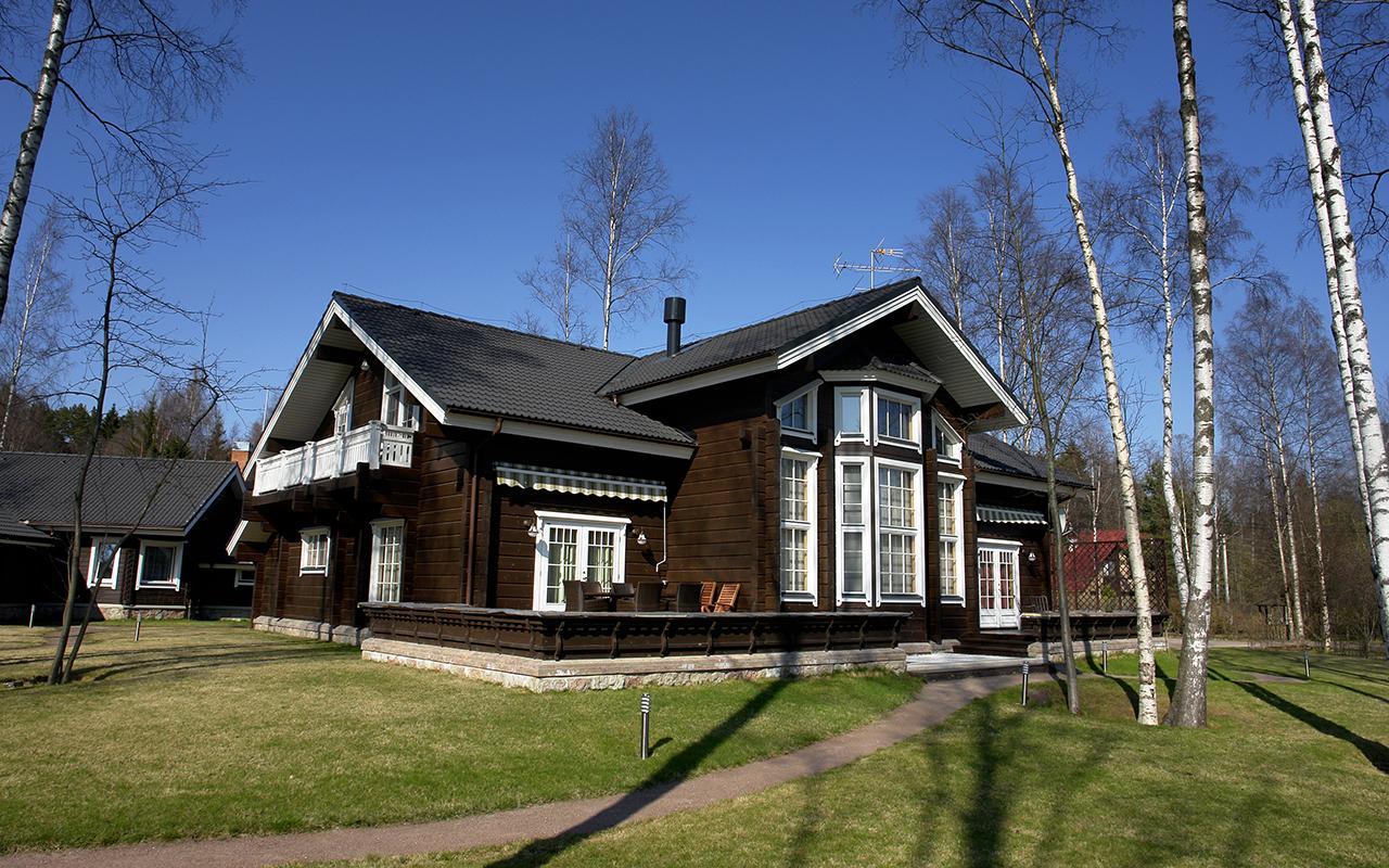 Деревянные дома из профилированного бруса  купить